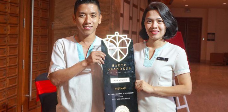 pullman-danang-beach-resort-win-three-awards-haute-grandeur-2019-wedding-1