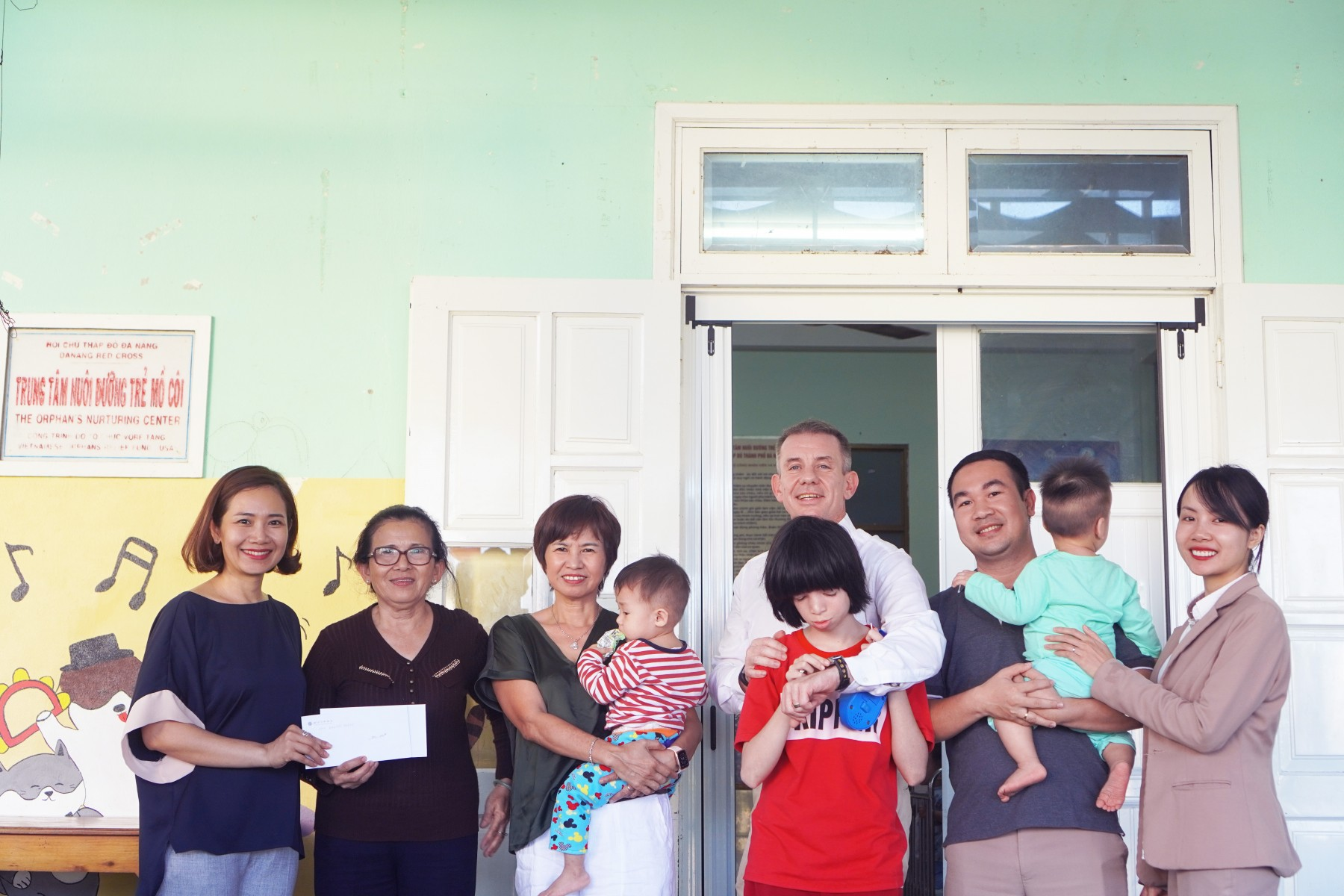 charity-project-of-pullman-danang-