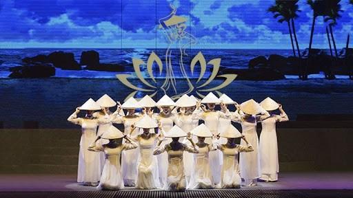 da-nang-festival-pullman-danang-bieu-dien-nghe-thuat-o-da-nang-restaurant-near-me-resort-in-danang-show-in-danang-pullman-danang-beach-resort-cac-chuong-trinh-nghe-thuat-o-da-nang