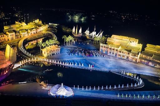 ki-uc-hoi-an-hoian-memories-da-nang-festival-pullman-danang-bieu-dien-nghe-thuat-o-da-nang-restaurant-near-me-resort-in-danang-show-in-danang-pullman-danang-beach-resort