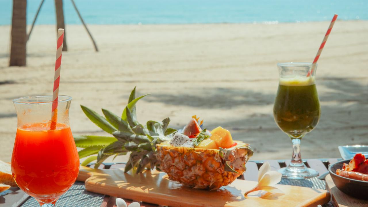 breakfast-on-the-beach