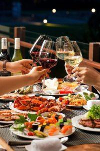 saturday-seafood-buffet-dinner-at-pullmandanang