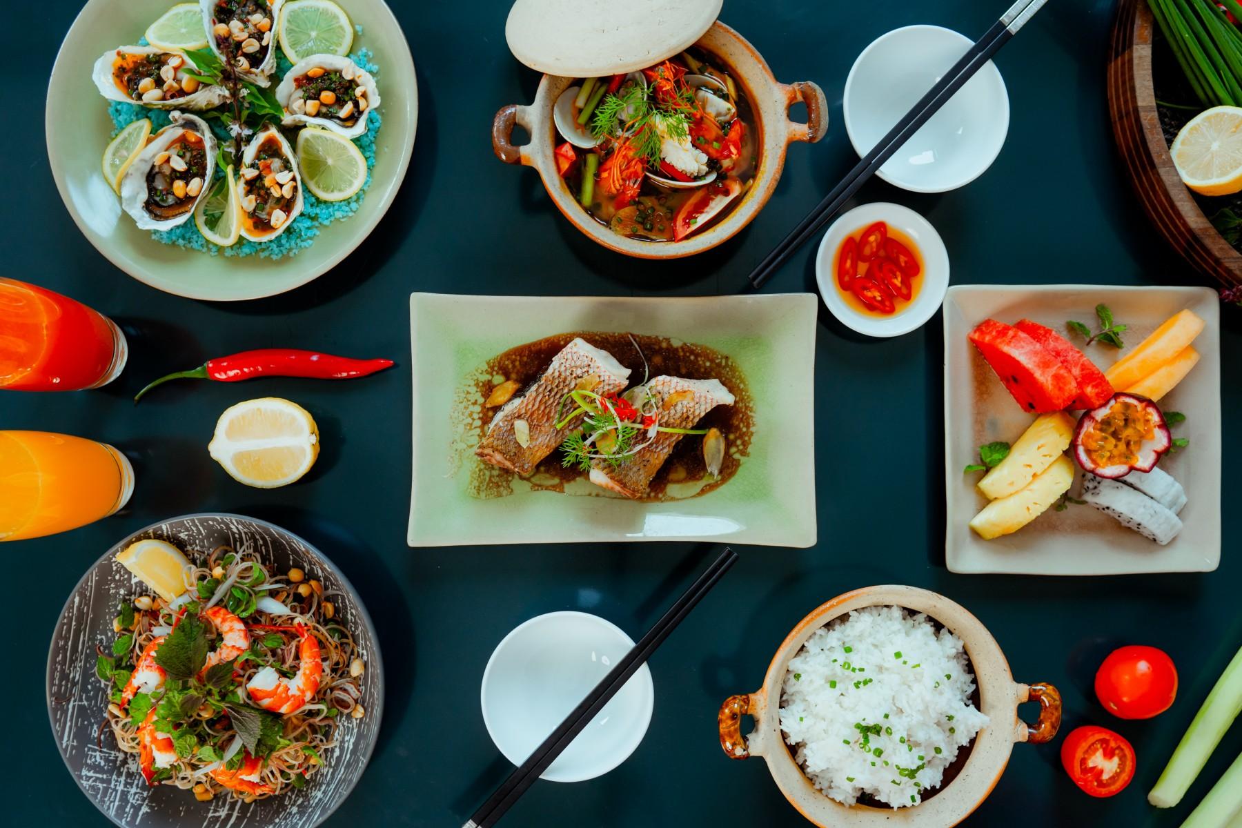 Explore Vietnamese Cuisine Set Menu