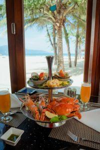 seafood-bbq-at-pullman-danang