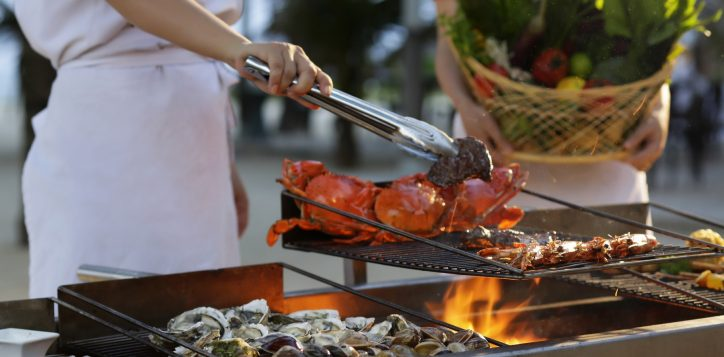 private-seafood-bbq-lunch-or-dinner