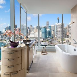 Luxury corner room darling harbour view bathroom