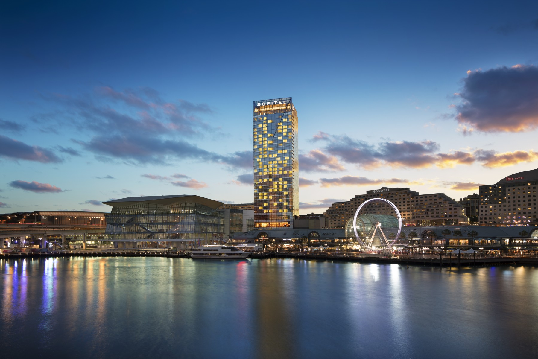 Sofitel sydney darling harbour luxury hotel official site for Sites hotel