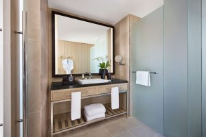 Sofitel-Sydney-Darling-Harbour-Hotel-Superior-Room-Bathroom