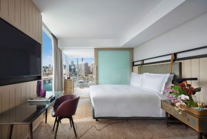 Sofitel-Sydney-Darling-Harbour-Hotel-Luxury-Corner-Darling-Harbour-View-Room-King-Bed