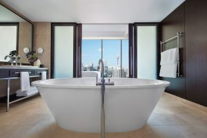 Sofitel-Sydney-Darling-Harbour-Hotel-Bellerive-Suite-Bathroom-Darling-Harbour-View