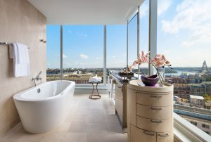 Sofitel-Sydney-Darling-Harbour-Hotel-Luxury-Corner-Darling-Harbour-Bathroom