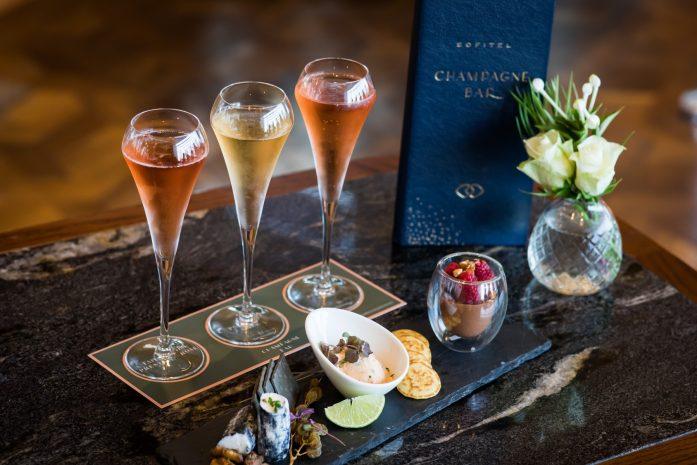 champagne-rose-flight