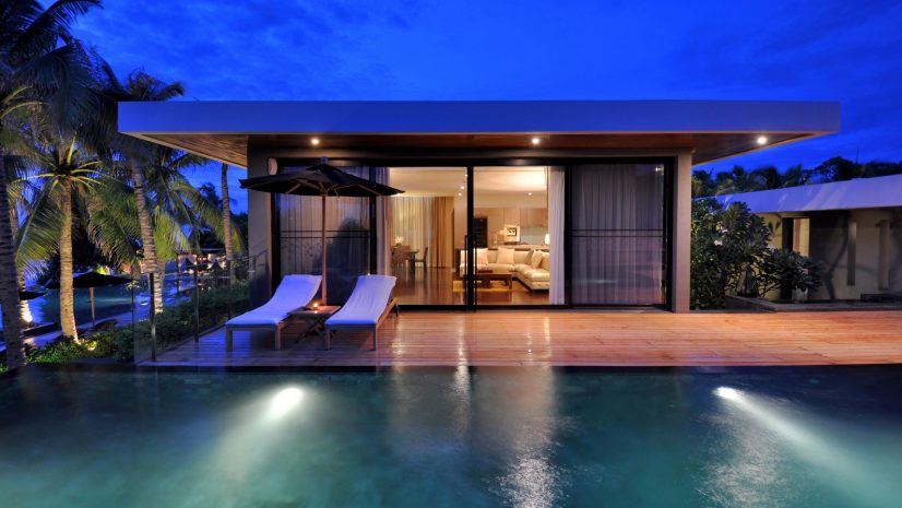 the-presidential-beachfront-pool-villa