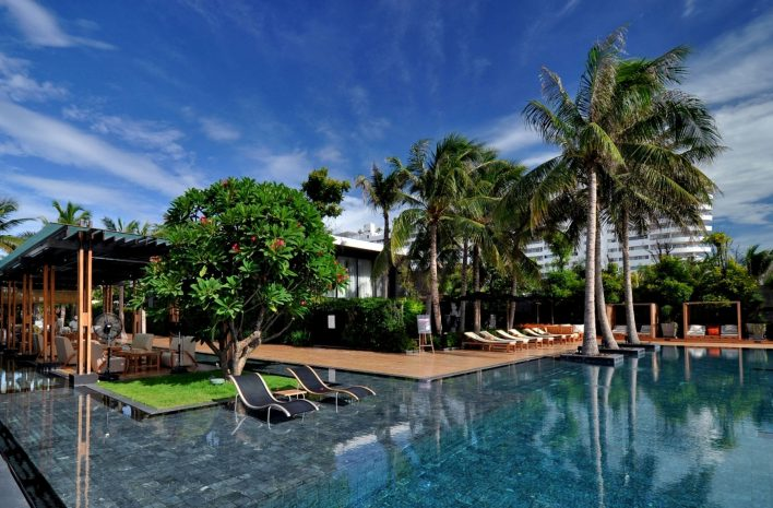 room-with-pool-view-at-v-villa-hua-hin