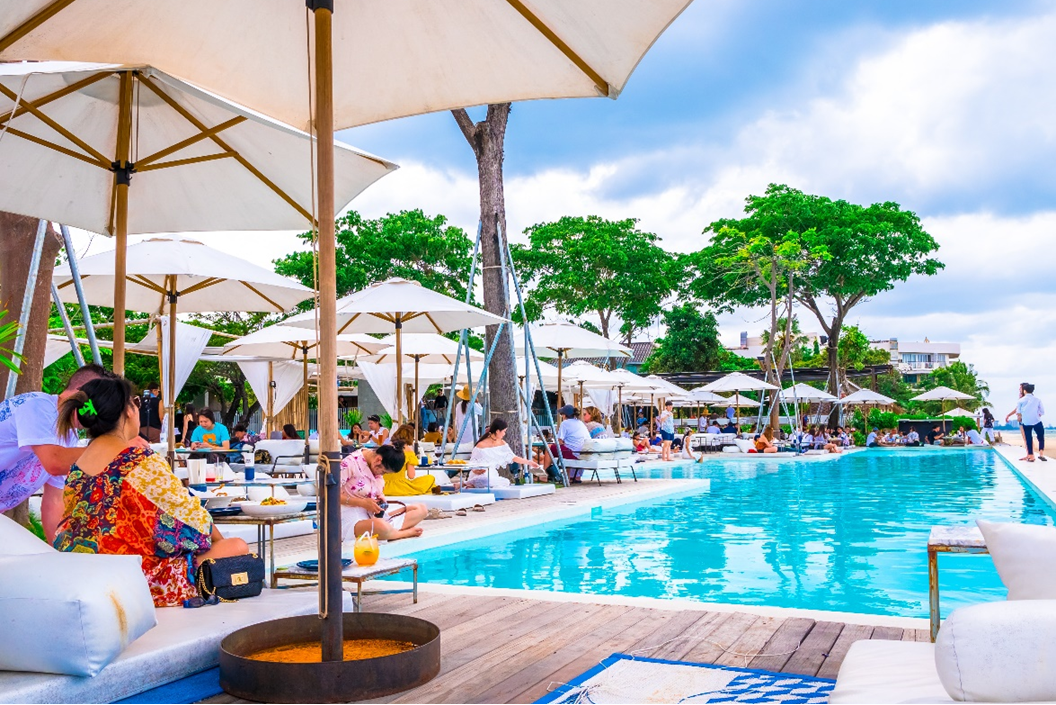 the-best-places-to-eat-drink-and-chill-in-hua-hin