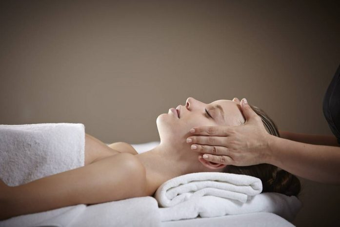 foot-head-massage