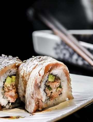 wagyu-beef-sushi-kh
