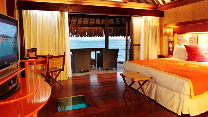 superior-horizon-overwater-bungalow