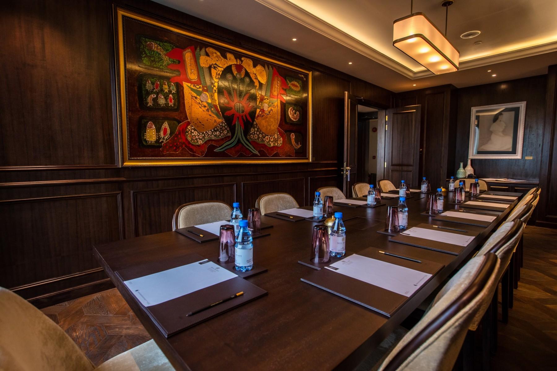 Meeting Rooms Rental - Exhibit Space   Cragun's Resort  Luxury Meeting Space