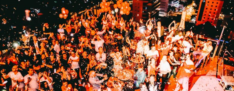 glamorous-new-years-eve-party
