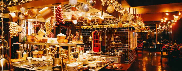 family-christmas-day-dinner-buffet
