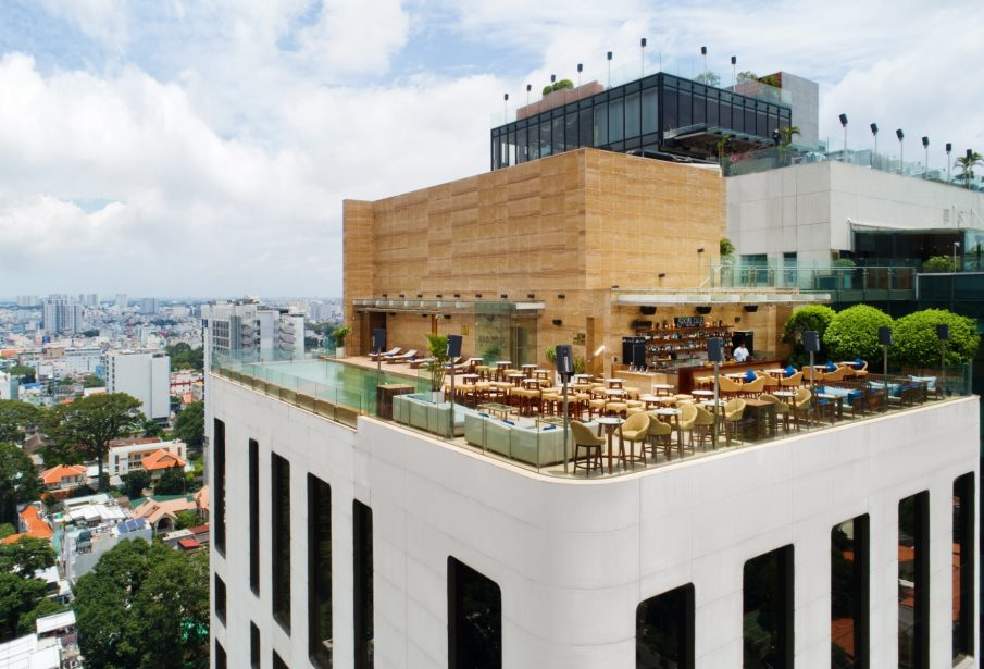 social-club-rooftop-restaurant