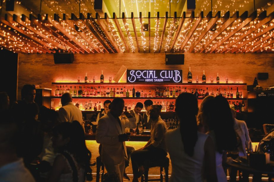 quay-bar-san-thuong-social-club