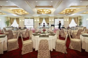 hotel with meeting room