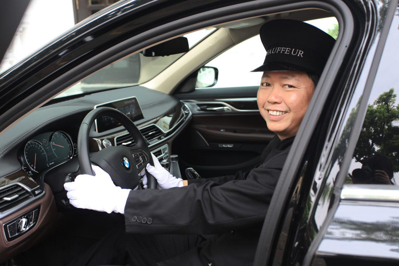 dich-vu-xe-limousine-sang-trong