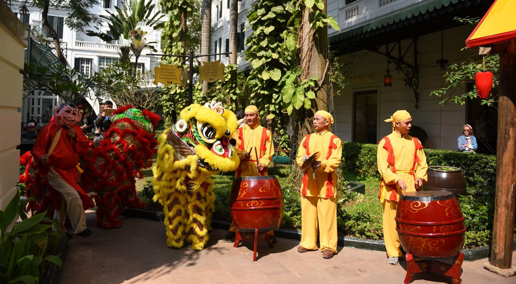 metropole-hanoi-celebrates-lunar-new-year-with-tet-market-special-package-and-more