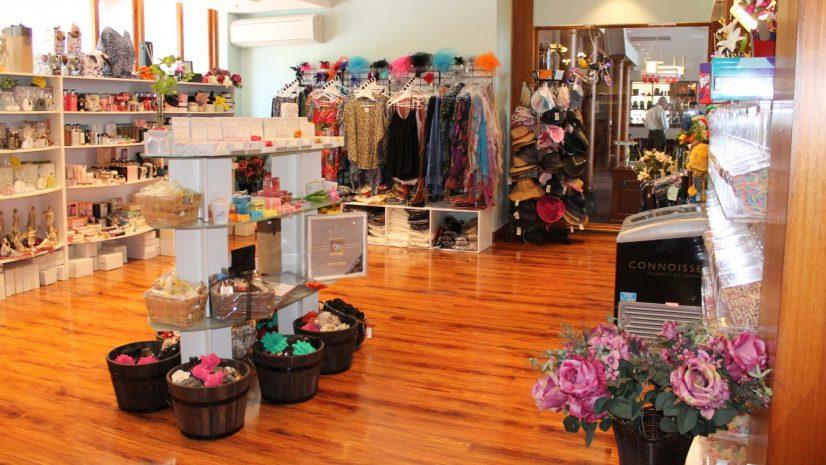 laras-of-leura-boutique-shop