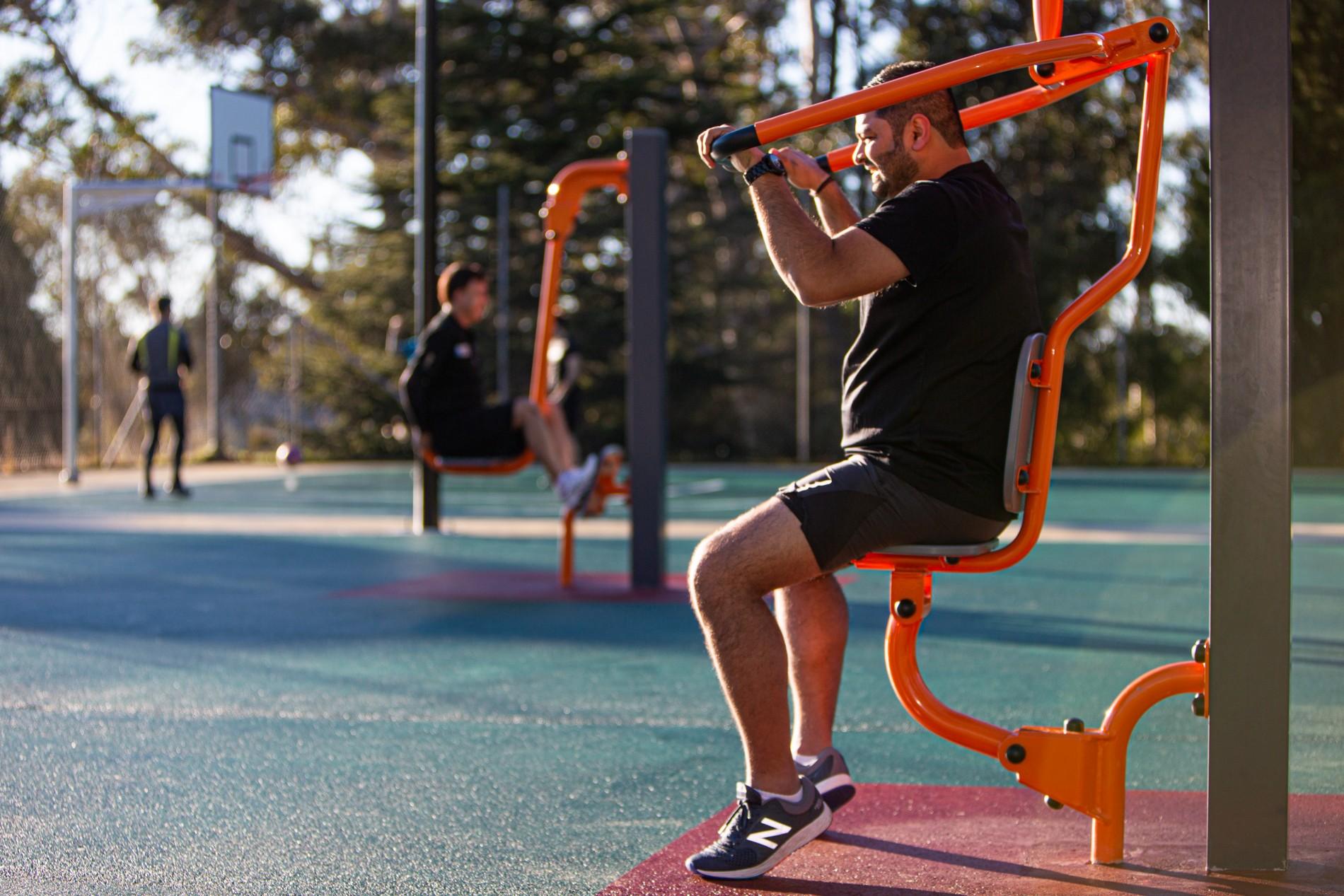 basketball-court-outdoor-gym