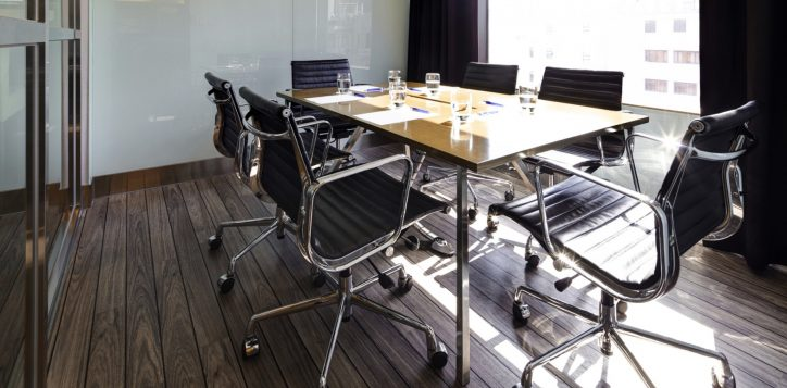 5-hotel_facilities_meeting_room-2