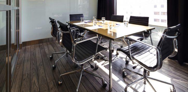 5-hotel_facilities_meeting_room-2