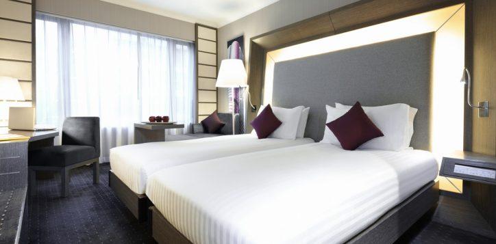 2-roomssuites_superior_twin-2